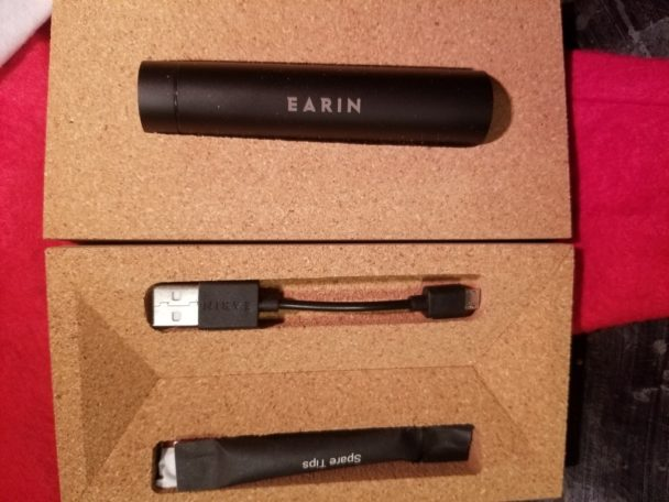 Earin M-2 reusable box